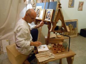 Giancarlo Cesarini al lavoro a Mondaino in una rievocazione di alcuni anni fa.